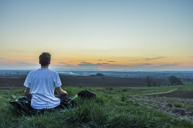 8 Ways Meditation Can Benefit the Mind