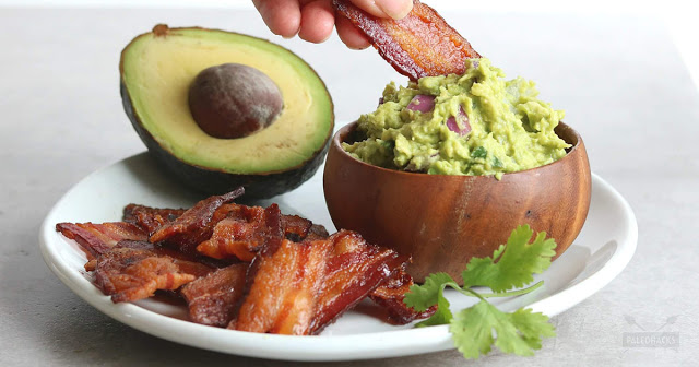 keto diet bacon chips and guacamole dip