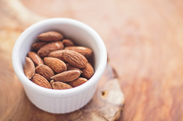 almonds rich in magnesium